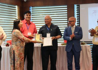 Dr. Kavita Chaoudhary <br />Execellance in Academics<br />JK Lakshmipat Puniversity, Jaipur, Rajasthan